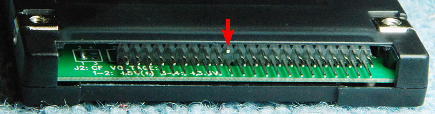 Clipping Syba CF adapter pin closeup low